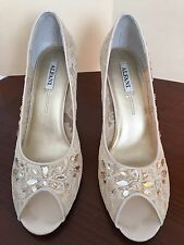 ALFANI Women's SPENSER Peep Toe Pumps Ivory Glittery Shoes Size 9.5M
