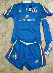 Adidas Italian Rugby Men's Home Jersey and short whit the number 10 in the back