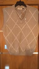 IZOD mens vest,woolen,size M, new with tag