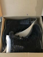 The North Face Women's Nuptse Purna II Black Snow Boots Size 5.5