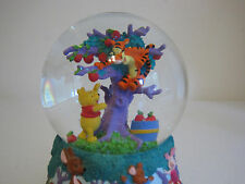 Disney Winnie the Pooh Apple Orchard Musical Snow Globe Tigger Roo Eeyore