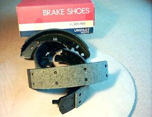 16 Brake Shoes Remsschoenen Bremsbacken Machoires de Frein DAF 44 46 (+ 55 rear)