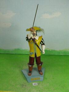 vintage aurora model kit built aramis 3 muskateer plastic figure 1/8 1684