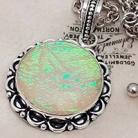 Stunning Vintage Style Silver Plated YELLOW Opal Glass Round Pendant Necklace