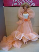 "POUPEE BARBIE VINTAGE : "" PEACHES AND CREAM ""  1984/85  MARQUE MATTEL"