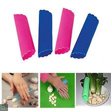 Useful Kitchen Tool Magic Silicone Garlic Peeler Peel Tool Easy Random Color