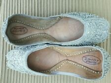SILVER   LADIES INDIAN WEDDING PARTY KHUSSA SHOES  SIZE 7