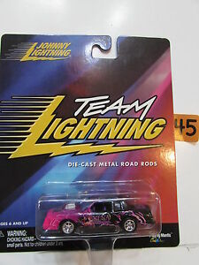 JOHNNY LIGHTNING TEAM LIGHTNING DIE-CAST METAL - XENA WARRIOR PRINCESS