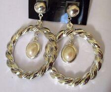 boucles d'oreilles percées couleur argent anneaux pampille  décor perle 269