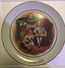 "Avon Christmas Memories Plate ""Night Before Christmas"" -22k Gold Trim 1983/9.25"""