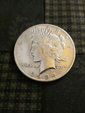 1924-P Peace Silver Dollar Brilliant Uncirculated add it to your collection ***