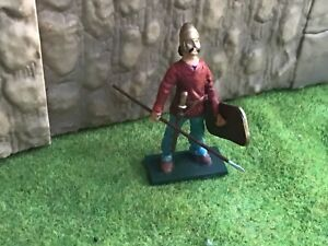 Ancient Gaul. Gallic infantry warrior. 54 mm metal toy soldier. Tommy Atkins
