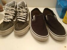 Vans off the wall shoes the black pair is 8.5 green is 8.0