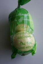 2 Boules effervescentes anti stress au thé vert pour bain neuf
