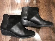 Emu Womens Black Suede Boots Size 9 EUC