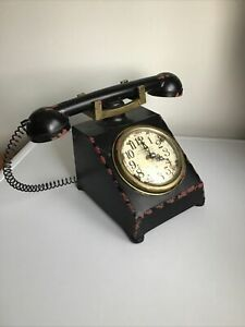UNUSUAL HOME DECORATIVE ORNAMENT METAL TELEPHONE WITH CLOCK