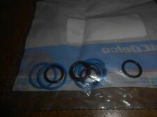 NEW GM FUEL INJECTOR SEAL KIT OEM 17112834