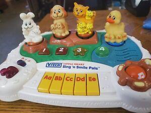 Vintage Vtech Little Smart Sing 'n Smile Pals Musical Lesrning Keyboard RARE!