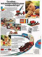 PUBLICITE ADVERTISING 055  1969  LEGO  jeux joets  train à piles