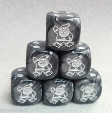 DICE -16mm SANTA CLAUS, GINGERBREAD STYLE, SET OF *6* ON VELVET SILVER w/WHITE!