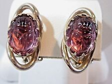 GOLD TONE PRONG SET SIGNED SCARAB EARRINGS PURPLE STONE CLIP ON VINTAGE KAFIN NY
