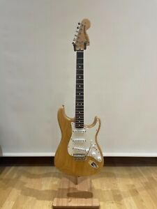 Fender Classic Series 70s Stratocaster Natural Maple Neck Rosewood Fretboard