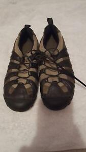 Mens Merrell Water Shoes, Size 6.5