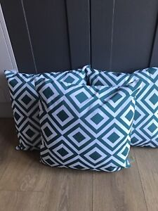 Green Geo Geometric Outdoor Cushion 40x40cm Garden Patio Lounge Showerproof