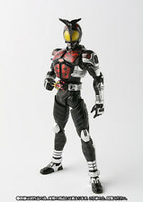 S.H. Figuarts Kamen Rider Dark Kabuto 2.0 figure Bandai Tamashii Nation 2016