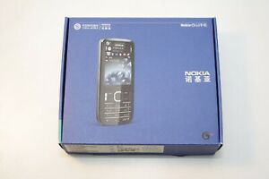 Nokia C5-01 G3 Silver (Unlocked) NEW Old stock, never used