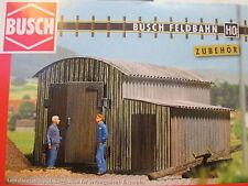 Modellbahn-Gebäude,-Tunnel & -Bücken der Spur H0 aus Holz mit Lokschuppen