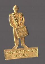 Pin's pompier / Fanfare des pompiers de l'Oise (doré)