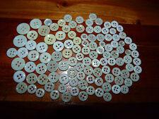 Lot de 110 bouton blanc ancien blanc 4 Trous plusieurs tailles en verre ? #MH