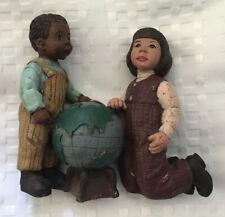 1993 Sarah's Attic Limited Edition Retired Figurine Love Around The World. Euc