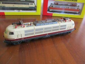 Ho Fleischmann 4375 Locomotive électrique DB BR103 142-6 + boîte