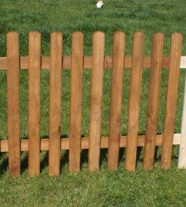 Steccato arredo orto aiuole staccionata in legno colore ciliegio varie misure