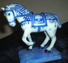 Sammler-Miniaturen aus Porzellan & Keramik-Figuren