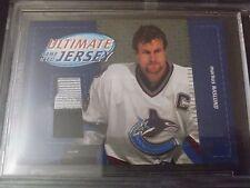 Markus Naslund 2003-04 Ultimate Mem Game Used Jersey /50 BGS Encased