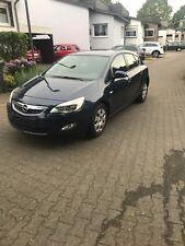 Opel Astra j 1,6 Baujahr 2010 Orginal 37500 km 2. Hand Tüv neu Automatik