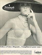PUBLICITE ADVERTISING 045  1966  TRIUMPH  soutien gorge COMPLIMENT