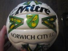 Norwich City 2000-2001 Squad Signed Football Ball with COA /bi