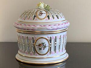 Herend Porcelain Rothschild Pattern Biscuit Pierced Openwork Barrel Basket Box