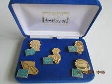 Walt Disney Classics Collection Fifth Anniversary Gold Tone 5 Pin set New