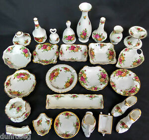 ROYAL ALBERT OLD COUNTRY ROSES VASES, SWEET DISHES & ORNAMENTS, MADE IN ENGLAND