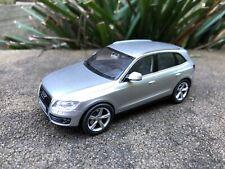 Schuco Audi Q5 1st Gen (8R) Silver 1/43 1:43