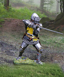 COLLECTORS SHOWCASE AGINCOURT KNIGHTS CS01019 ENGLISH KNIGHT WITH SWORD MIB