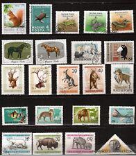 133T2 HONGRIE 22 timbres oblitérés ,animaux du monde