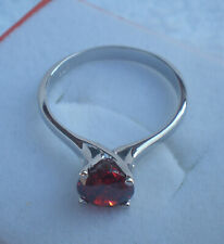 W Ring Size Garnet Stone 6.50mm Solitaire  Ladys 925 Sterlyng Silver
