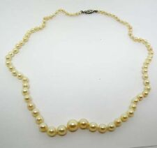 LADIES 14K WHITE GOLD GRADUATED CULTURED PEARL NECKLACE