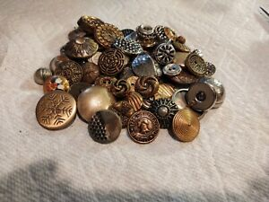 Large Lot Of Vintage Metal Buttons Many Sizes & Shapes Good Clean Condition